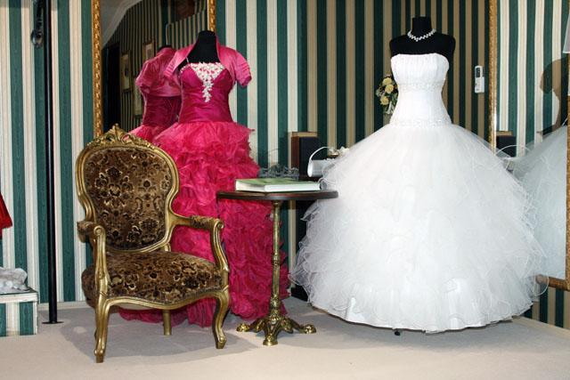 Brill menyasszonyi ruhaszalon 13062238cb